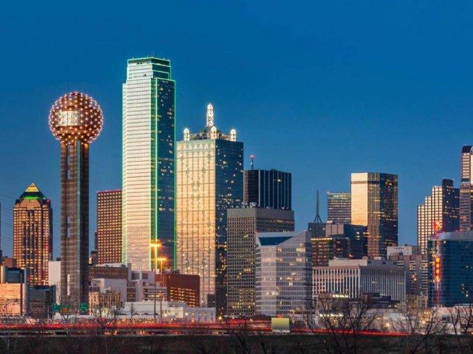 10. Dallas - Fort Worth - Arlington: promete un aumento del 5.4% de la población perteneciente al APN y actualmente tiene 2,570 habitantes que se catalogan en como tal.