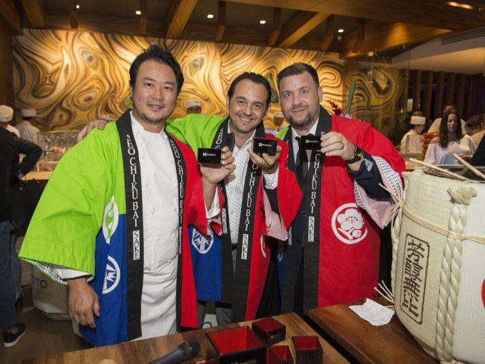 El chef Makoto Okuwa, Elías Murciano y Sky Strouth