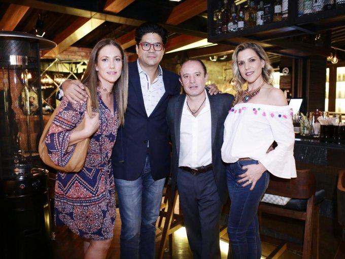 Paula Sandoval, Daniel Gómez, Gustavo del Castillo y Paola Moirón