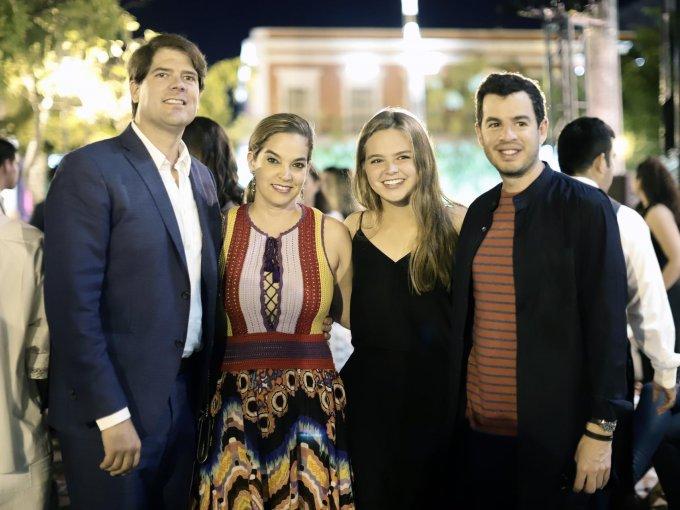 José Luis Mogollón, Hayley Mogollón, Hayley Mogollón y Rodrigo Peñafiel