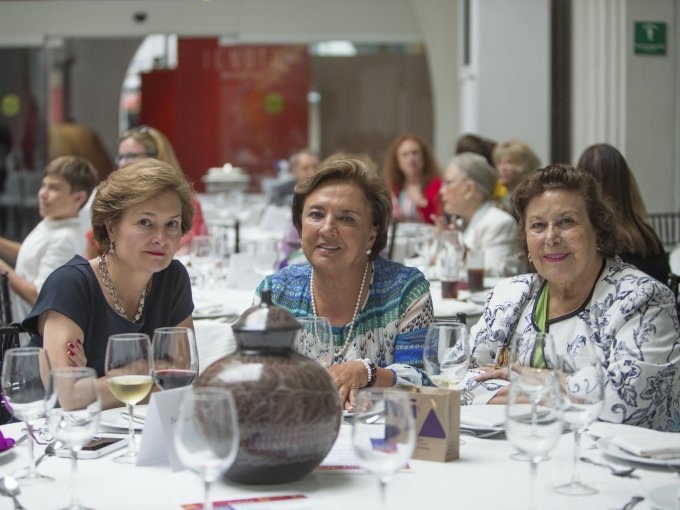 Mónica Smith, Mariana Sosa y Ángela Torres