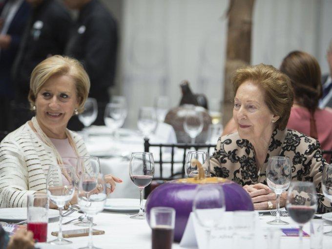 Rosa María Losada de Alverde y María Antonia Lanzagorta