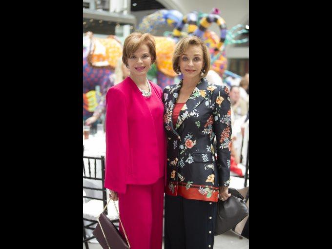 Ana Luisa y Patricia Lerdo de Tejada