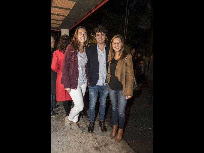 Paola y Juan Miguel Alonso con Valeria Rubio