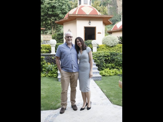 Phillip Atkinson y Mónica Pérez