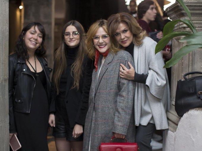 Natalia Zenteno con Roxana y Ximena del Valle y Roxana Prieto