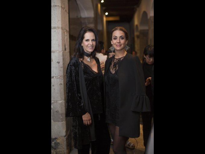 Paulina Covarrubias y Andrea Sblumenkron