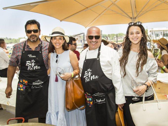 Javier Plascencia, Gisela Zavala con Armando y Emilia Prats