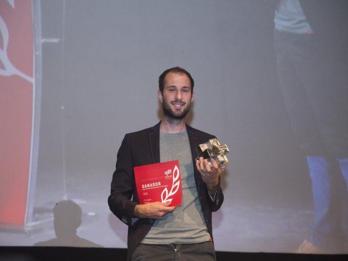 Matteo Gariglio ganador a Mejor Cortometraje Documental Internacional por En la boca