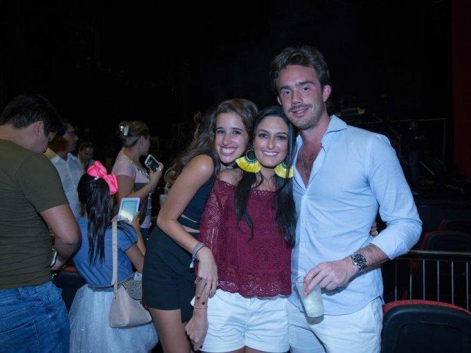 Ana Paola López, Fernanda Bañuelos e Iker Paullada