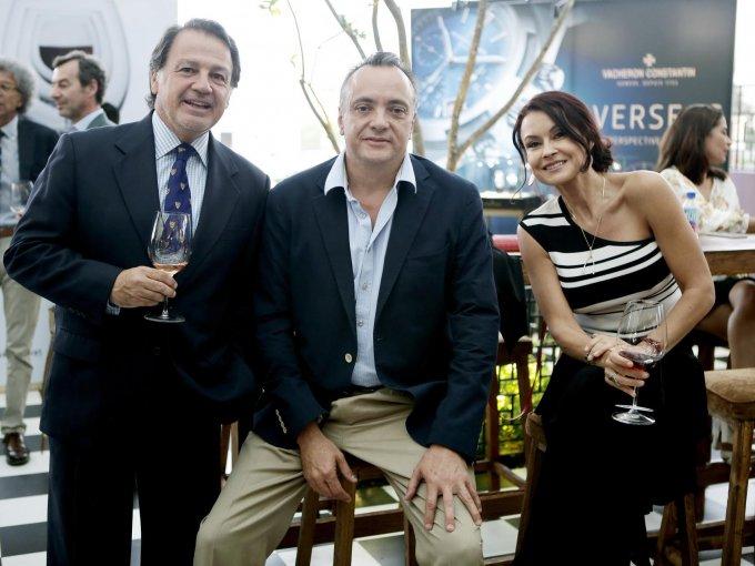 José Simón, Mauricio Chico y Carla Díaz