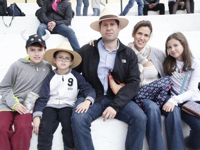 José Alfredo, Sergio, Sergio, Gaby y Gaby Galindo