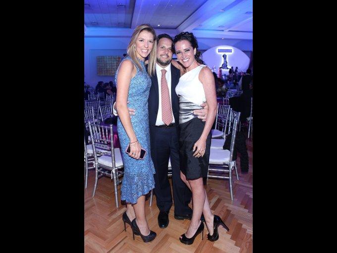 Helwe Morales, Germán González y Laura Salmón