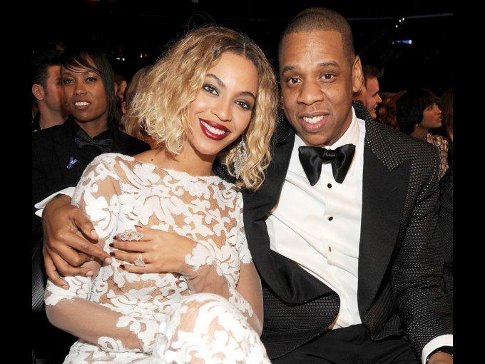 Jay Z y Beyoncé: El número 4 es de gran importancia para la pareja, porque sus cumpleaños caen en ese día, por lo tanto, decidieron casarse el 4 de abril del 2008. Nunca aseguraron nada, hasta años después que se fueron de gira juntos.