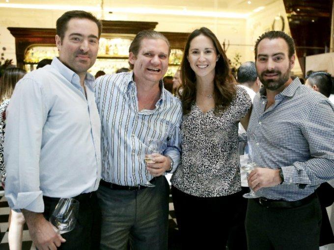 Alberto Curis, Alejandro Vázquez, Mariana Vega y Juan Pablo Curis