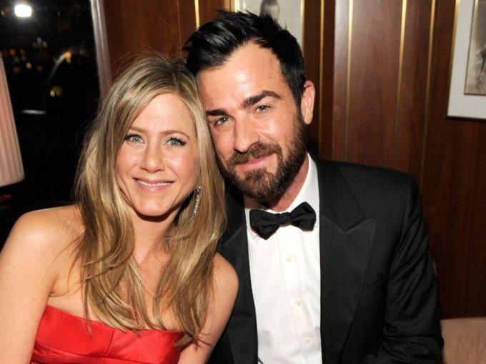 Justin Theroux y Jennifer Aniston: Era tan importante la privacidad para ellos, pues les dijeron a sus invitados que estaban cordialmente invitados a 'La fiesta de cumpleaños de Justin', y al llegar al evento, se llevaron una gran sorpresa.