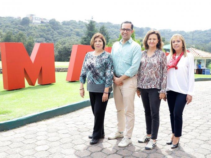Paty Ballados, Diego Franco, Anna Portilla y Beatriz Herrerías