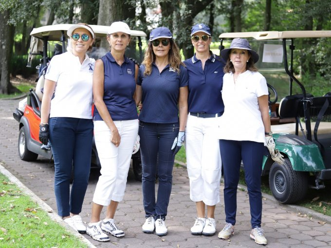 Beatriz Checa, Margarita Vega, Malena Fortes, Ana Paula Naser y Marta Serrano