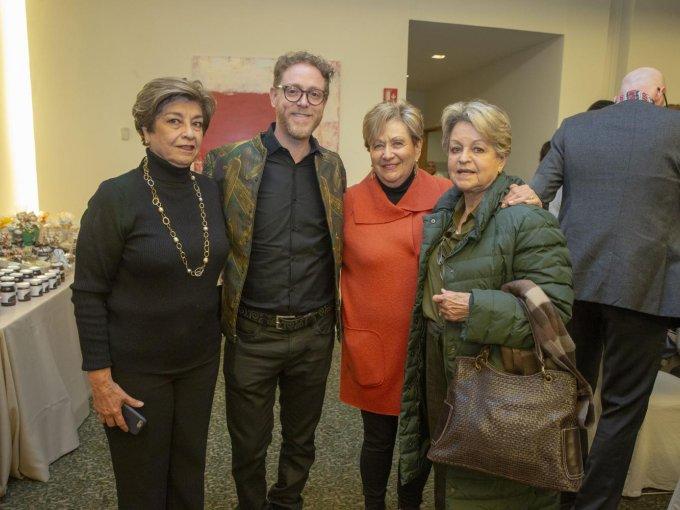 Queta Peter, Ricardo Covalín, Janite Borovoy y Margarita Barney