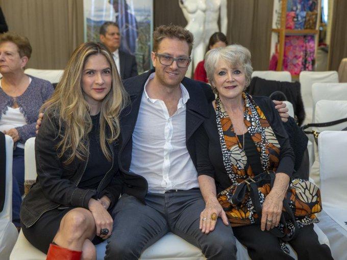 Lupita Ríos con Eduardo y Guiti Covalín