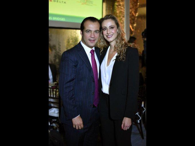 Luis Rosendo con Ana María Gutiérrez