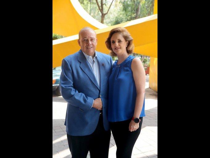 Fernando Suinaga y Carmen Lebrija