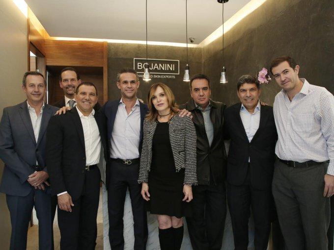 Andrés Conesa, Joaquín López Negrete, Giovanni Bojanini, Manuel de la Fuente, Carla Alverde, Alfredo Souza, William Vizcaíno y Juan Williams
