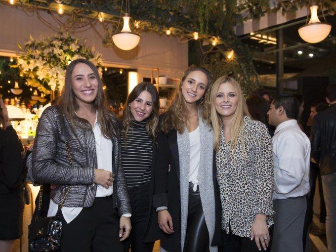 Fernanda Pérez Teuffer, Vanessa Name, Lorenza Rivera Torres y Teresa Cuaik