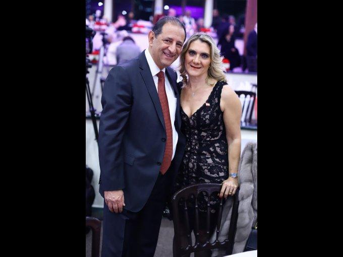 José Luis Harfush y Laura Kuri