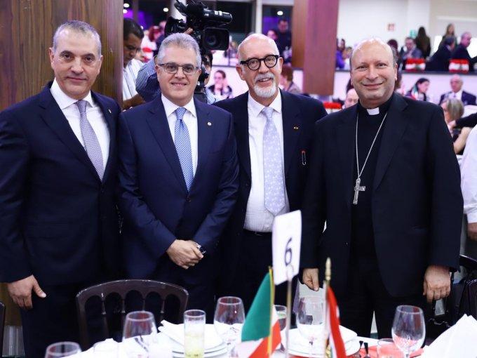 Ayub Safar, Sami Nmeir, embajador de Líbano en México, Jorge Álvarez y el obispo Franco Coppola