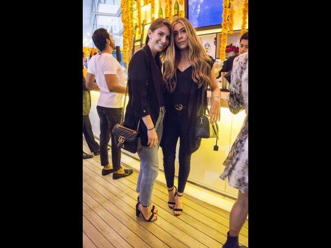 Camila Fernández y Andrea López Velarde