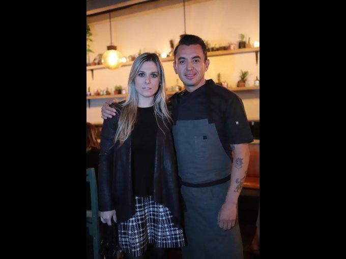 El chef Edgar Núñez con su esposa Ana Mari Fernández