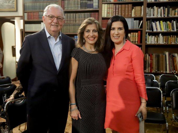 Sami David, María Elena Pérez Jaen y Kenia López