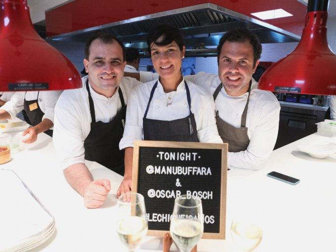 El chef anfitrión con Manu Buffara y Oscar Bosch