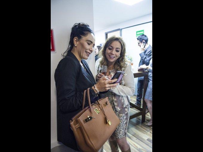 Karla Mayer y Claudia Aréchiga