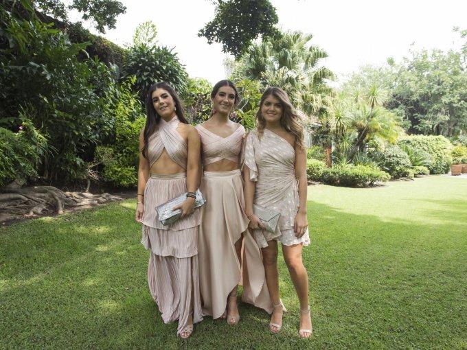 Paola, Daniela y Camila Kanahuati