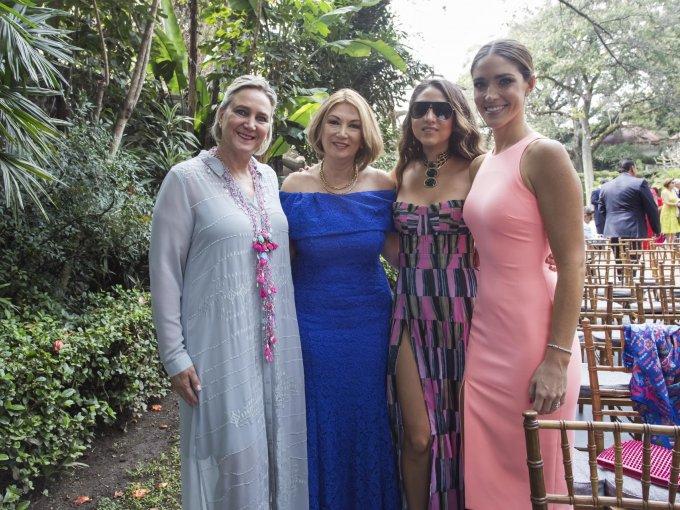 Rebeca Bernot, Laura Espinosa, Ana Sofía Espinosa y Lorenza Bernot