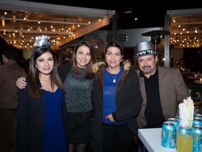 Andrea Aguilar, Carmen Aguilar, Lucy Aguilar y Lucio Aguilar