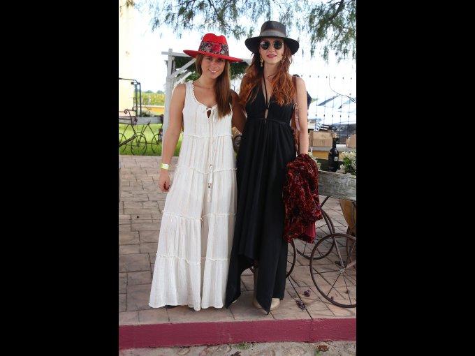 Hellen Roumbos y Mariana de la Vega