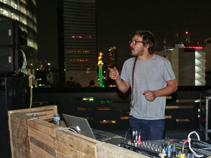 DJ Omart