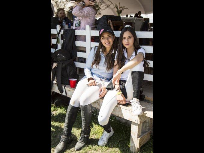 Daniela Anguiano y Mariana Beulo
