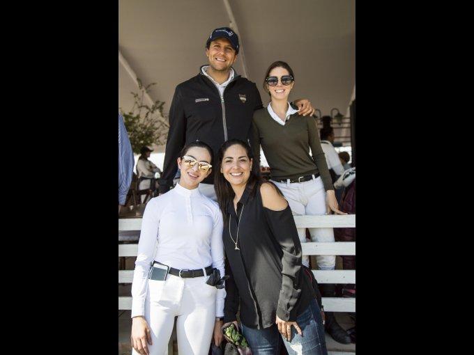 Daniel Pedraza, Bárbara López, Marcela Fuentes y Rebeca Ojeda