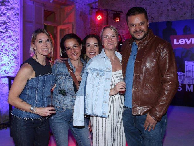 Karen Riley Grant, Stacy Paren, Diana Dimitien, Joanne Bal y Arcadio Jaramillo