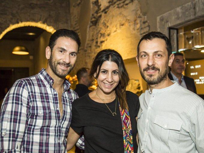 Roy Rafaél, Reina Rafaél y Javier Claverie