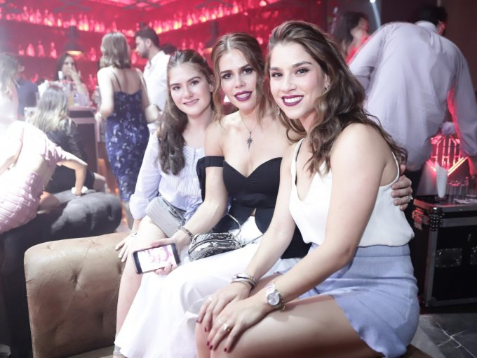 Stephania Valle, Denisse Valle y Andrea Valle