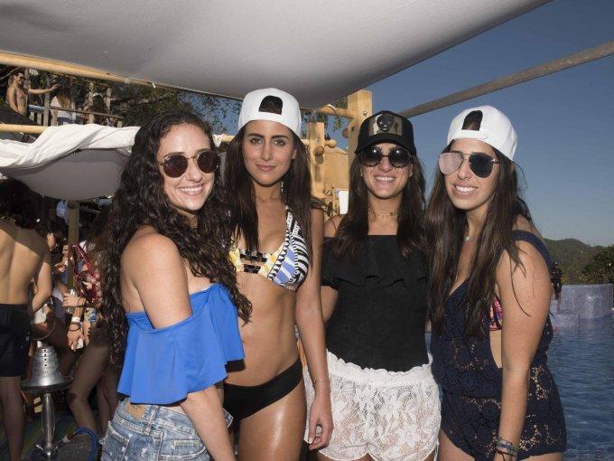Karen Day, Sofía Rivera, Daniela Cherez y Michelle Efter