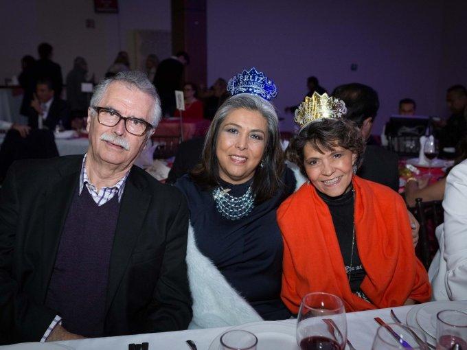 Félix Hernández, Amapola Grijalba y Adriana Balvarena