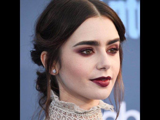 Lilly Collins // 29 años