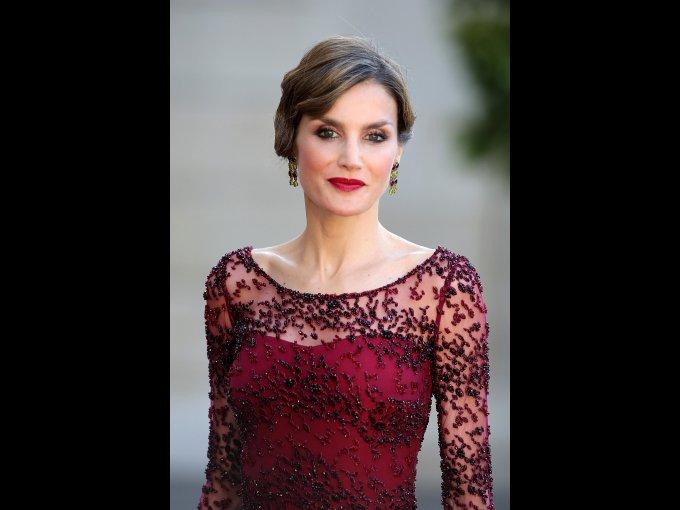 Letizia Ortiz Rocasolano, reyna de España se tituló en la Universidad Complutense de Madrid, en la que se licenció en Ciencias de la Información, rama de periodismo