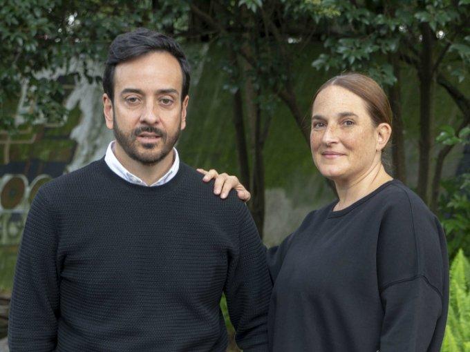 31. Andrea Cesarman y Emilio Cordero